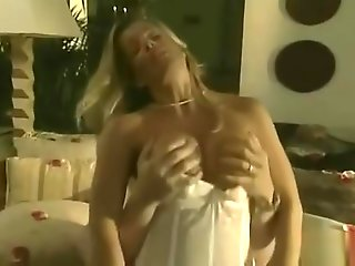 Kristal Summers - Sexy Urban Legends